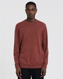 1-adaysmarch-cashmere-crew-oxide-red-10