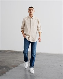 1-adaysmarch-dyed-oxford-desert-ss19-11