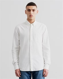 1-adaysmarch-dyed-oxford-off-white-aw8
