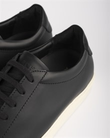marching-sneaker-black-leather-2
