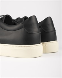 marching-sneaker-black-leather-4