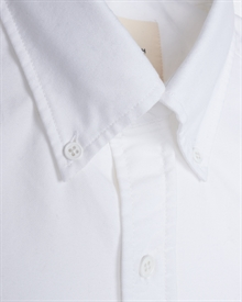 1-adaysmarch-OWE-oxford-shirt-white-3