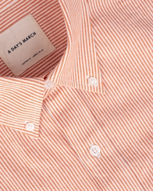 1-adaysmarch-light-weight-classic-oxford-red-stripe-2