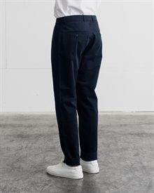1-adaysmarch-slim-fit-chino-ss19-navy-3-1