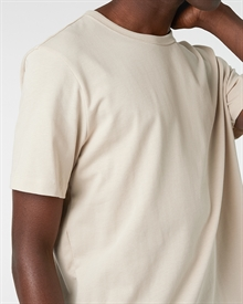heavy-tee-sand+denim2-raw0327-3