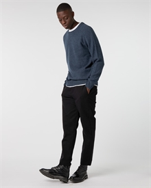 james-shirt+lambswool-crew-navy+twill-cropped-pant-black2254-2