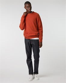 lambswool-crew-fire+denim2-raw0933-2