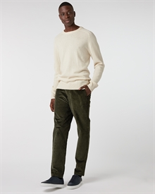 lambswool-crew-off-white+corduroy-trouser-army1309-2