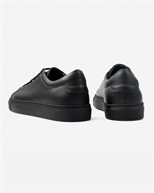 marching-sneaker-black_black-3