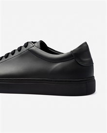 marching-sneaker-black_black-6