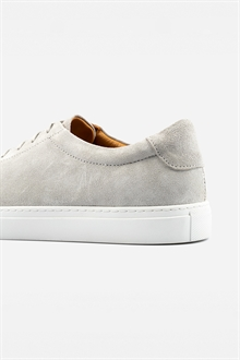 marching-sneaker-cloudy-grey-suede-55