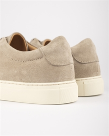 marching-sneaker-earth-suede-4