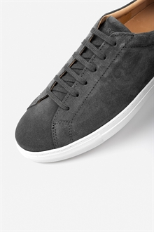 marching-sneaker-graphite555