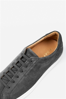 marching-sneaker-graphite888