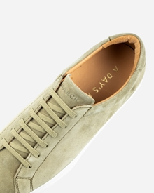 marching-sneaker-light-olive-8
