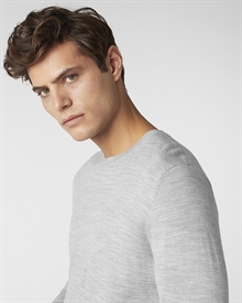 merino-crew-neck-light-grey6760-3