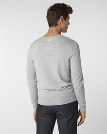 merino-crew-neck-light-grey6763-4