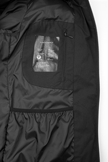 puffer-jacket-black-packshot-1