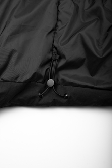 puffer-jacket-black-packshot-3