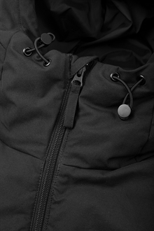 puffer-jacket-black-packshot-5