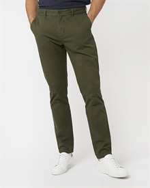 slim-fit-chino-deep-olive5077-1
