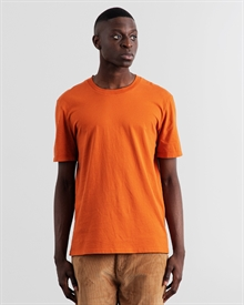1-adaysmarch-classic-tee-aw19-orange-4