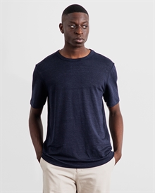 1-adaysmarch-linen-tee-NAVY-1