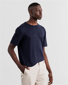 1-adaysmarch-linen-tee-NAVY-2