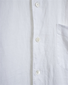 1.adaysmarch-linen-shirt-19-white-3