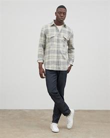 aidan-checked-flannel-grey27057_1