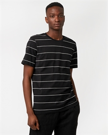 classic-fit-tee-stripe-black-white1352-1