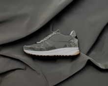 dailyrunner-olive-signed1