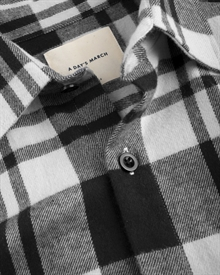heavy.-flannel-shirt-black-white-2