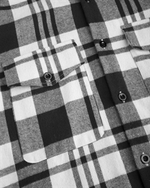 heavy.-flannel-shirt-black-white-3