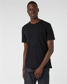 lightweight-tee-black+denim2-raw0424