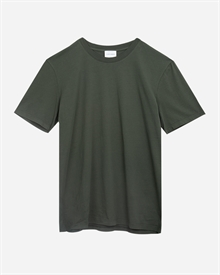 1-adaysmarch-classic.tee.aw19-green-1