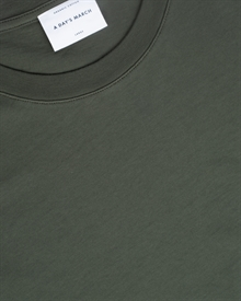 1-adaysmarch-classic.tee.aw19-green