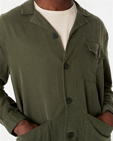 camp-collar-tencel-overshirt-seaweed-green13678-6