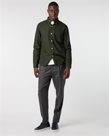 heavy-cotton-linen-shirt-green+tapered-wool-trouser-charcoal3272-1