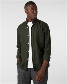 heavy-cotton-linen-shirt-green+tapered-wool-trouser-charcoal3294-3