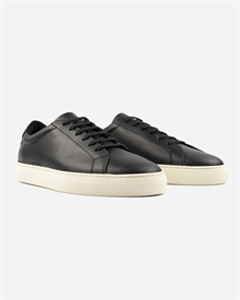 marching-sneaker-black-off-white-2
