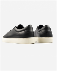marching-sneaker-black-off-white-3